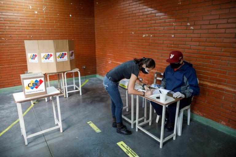 UE exige al régimen de Maduro que respete los estándares democráticos durante las próximas elecciones
