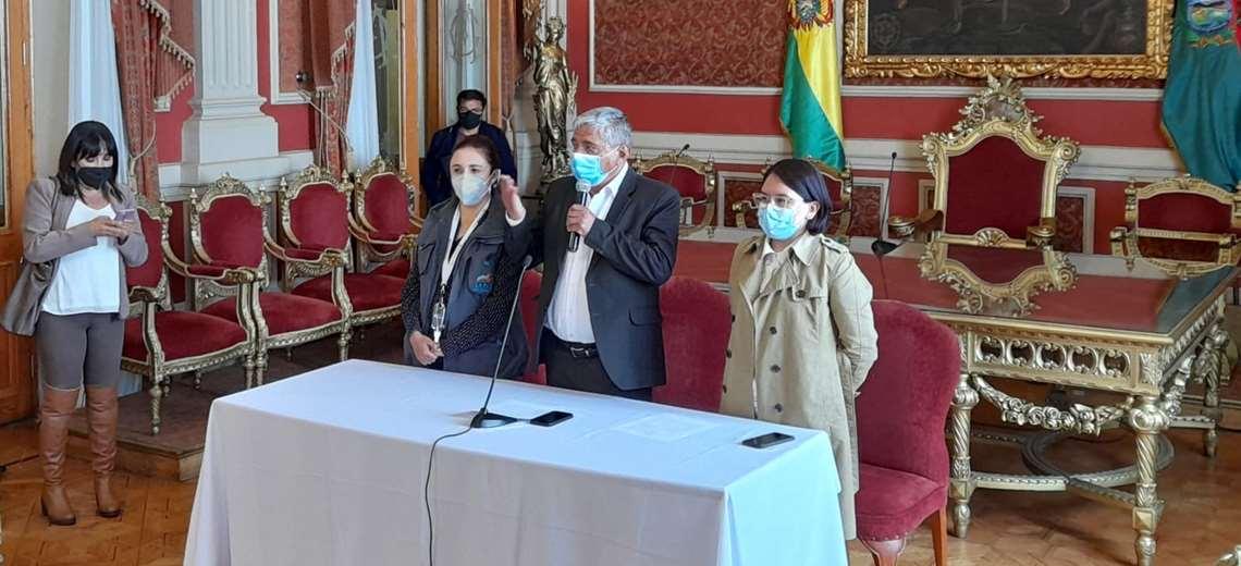 Destituyen e investigan a funcionario que presuntamente desviaba recursos de un hospital municipal en La Paz