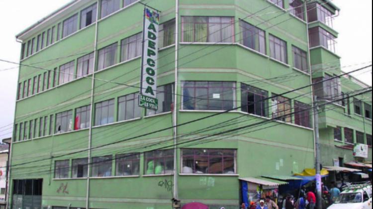 Cocaleros de los Yungas anuncian bloqueos en tres puntos por la toma de Adepcoca