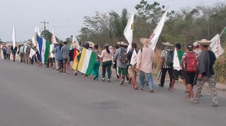 """Marcha indígena pide a partidos no sumarse a su movilización porque su movimiento """"no tiene color político"""""""
