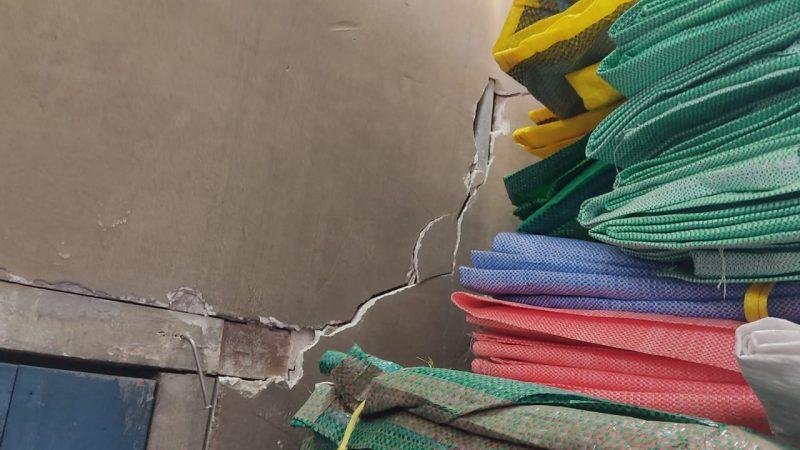Vecinos y comerciantes denuncian daños en sus inmuebles y pérdida de sus productos por uso de dinamitas y gases lacrimógenos