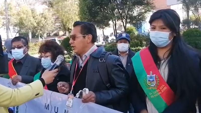 Control Social de La Paz da plazo de 48 horas para solucionar el conflicto de Adepcoca