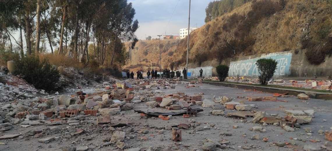 Vecinos bloquean Inca Llojeta tras el hallazgo del cadáver descuartizado de una mujer