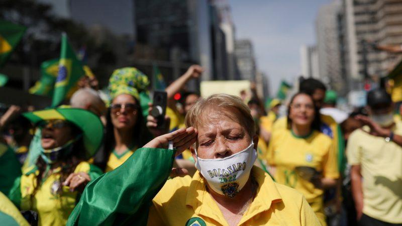Seguidores de Jair Bolsonaro intentaron ocupar el Ministerio de Salud