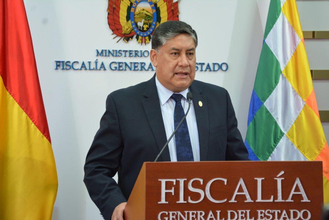 """Lanchipa aclara que la comisión de fiscales determinará cuándo se citará a Camacho por el caso """"golpe de Estado"""""""