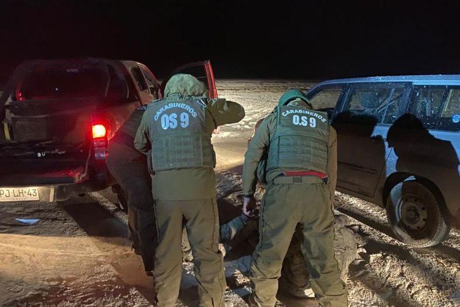 Detienen a tres militares bolivianos en Chile por robo con armas en la frontera