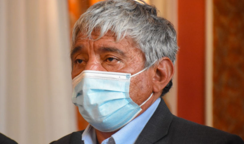 Iván Arias destituye a dos subalcaldesas investigadas por irregularidades en sus gestiones