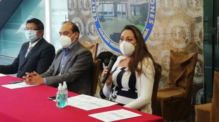 Médicos de Cochabamba piden que las personas ya vacunadas reciban una tercera dosis