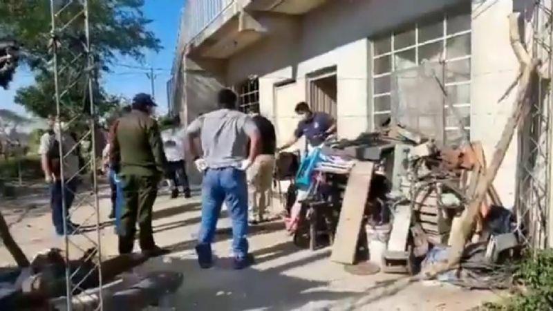 Cotoca: Sujeto que presuntamente asesinó a su esposa e hijastra con una picota fue capturado por la Policía