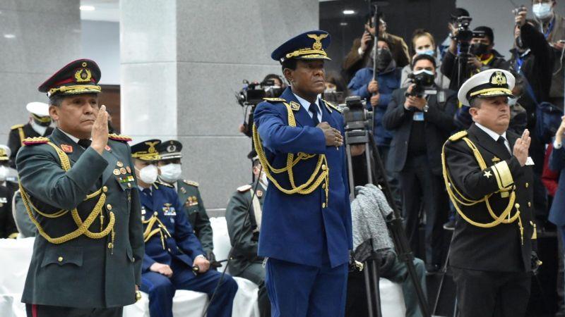 Luis Arce posesiona al nuevo Alto Mando Militar