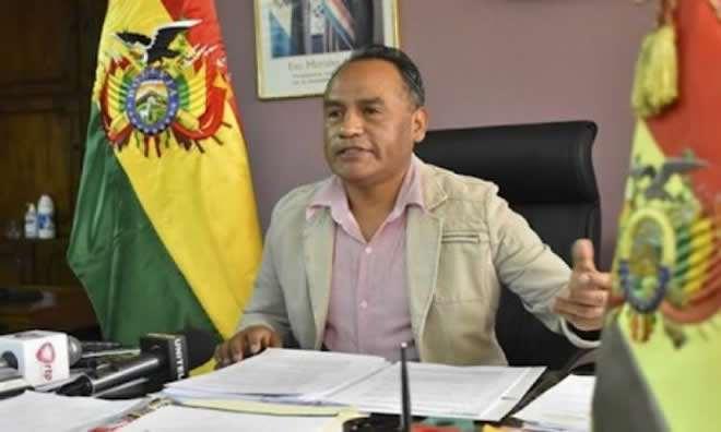 La jueza Lima también dio detención domiciliaria a Galo Bonifaz, el exdiputado del MAS acusado de violar a su hija